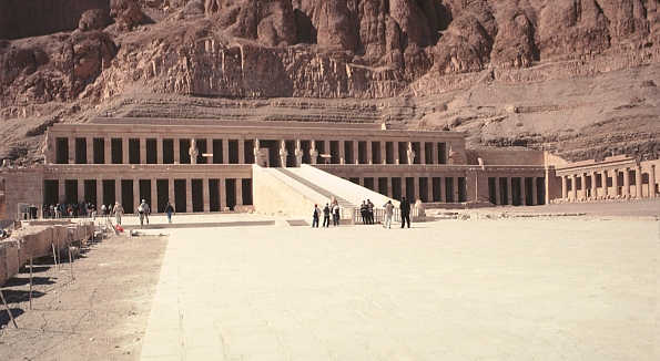 Queen Hatshepsut Tomb Of queen hatshepsut  pageQueen Hatshepsut Tomb Discovered