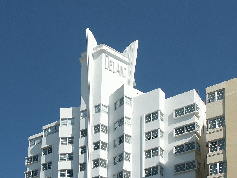 Images of the delano hotel by robert swartburg for Delano hotel decor