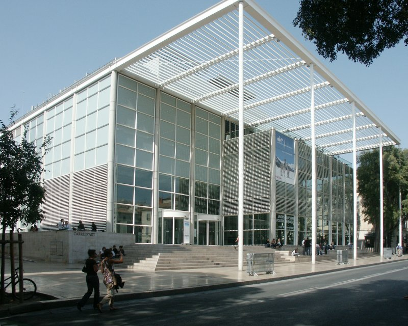 Carre D Art Or Centre For Contemporary Art By Sir Norman