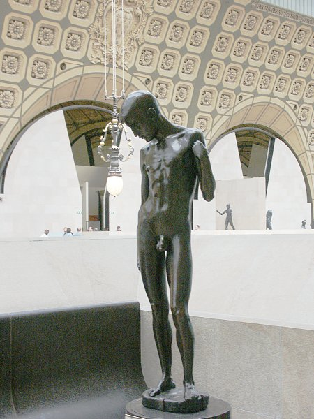 Images of sculpture by Aristide Maillol in the Musee d'Orsay