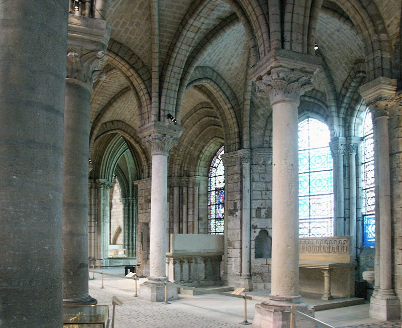 Elegant Monolithic Columns Support The Ribbed Vault As If It Were Weightless