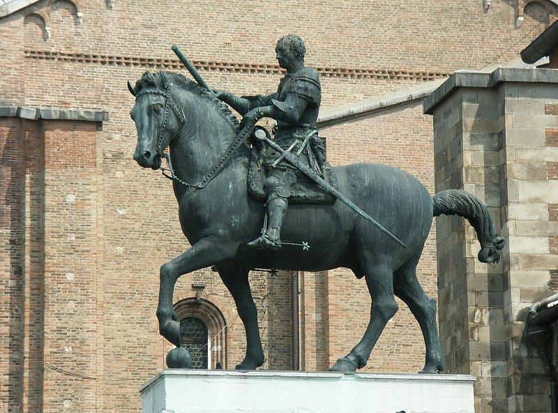 Equestrian monument of Erasmo da Narni  called GattamelataDonatello Equestrian Statue Of Gattamelata