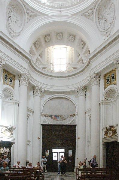 Images of San Carlo alle Quattro Fontane by Borromini