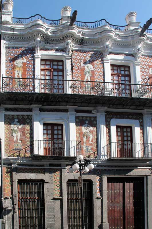 images of the casa de los munecos puebla puebla mexico