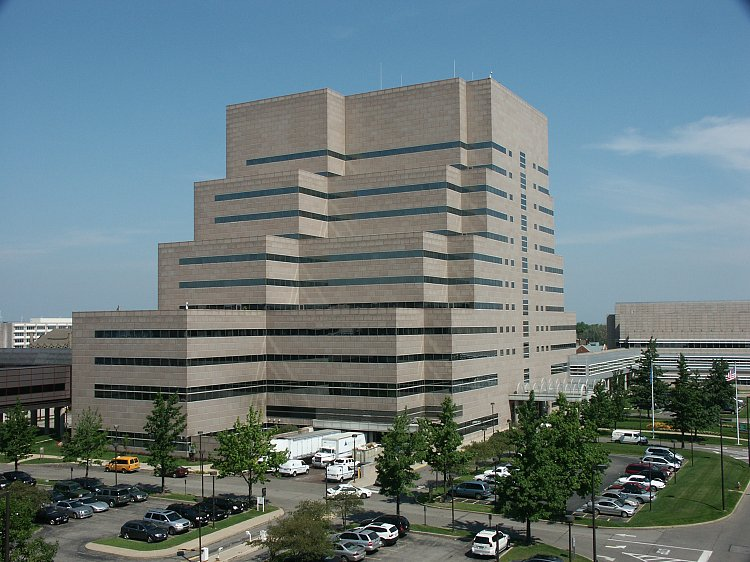 Cleveland Clinic S Building Parking
