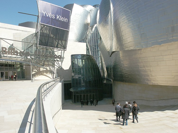 Images Of Guggenheim Museum Bilbao Spain By Frank Gehry