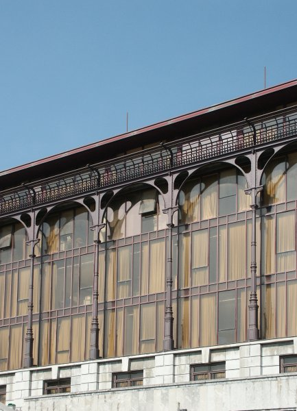 Images of metal and glass building bilbao spain by cesar - Steel framing espana ...