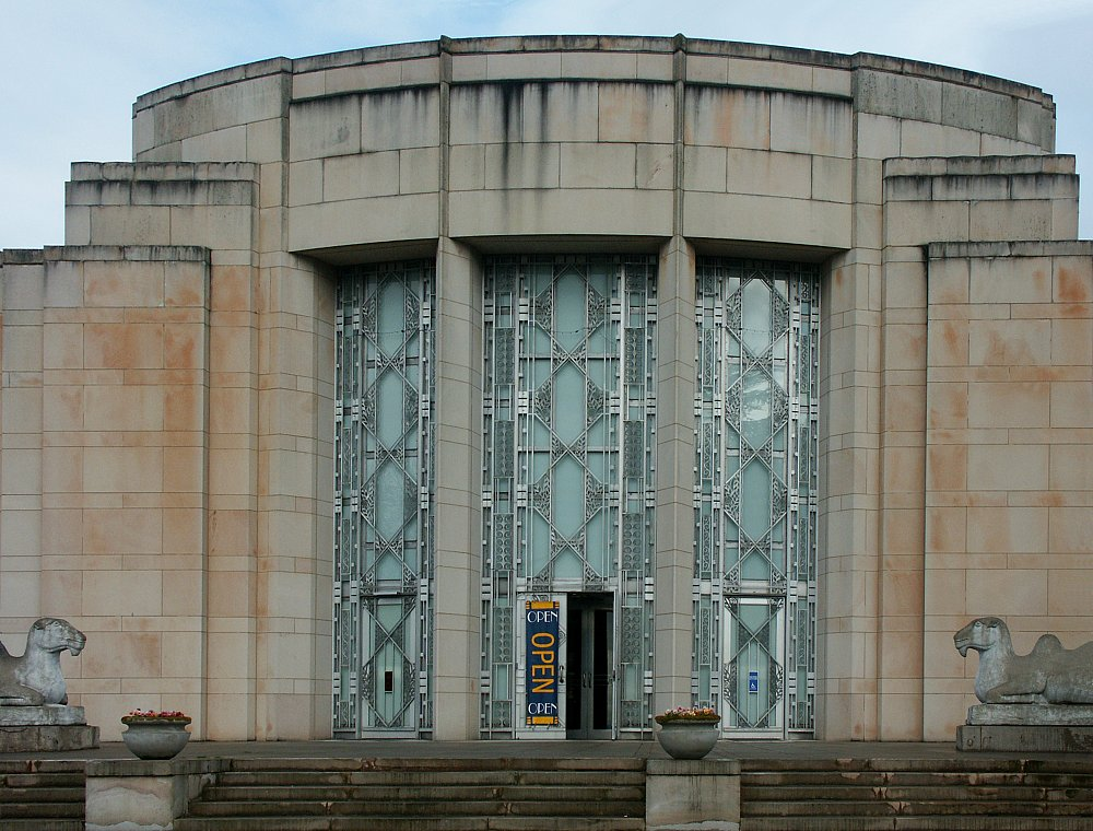 Images Of The Seattle Asian Art Museum By Carl Gould