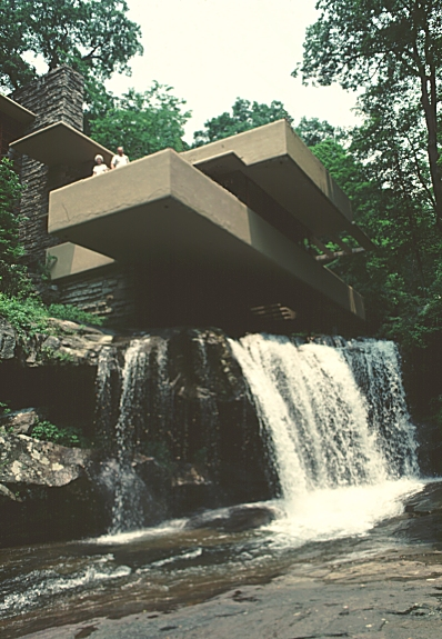 Images of edgar j kaufmann house fallingwater by frank for Frank lloyd wright river house